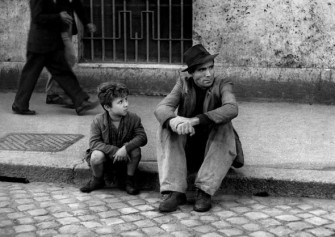 Bicycle-Thieves-Vittorio-De-Sica-e1375464443323